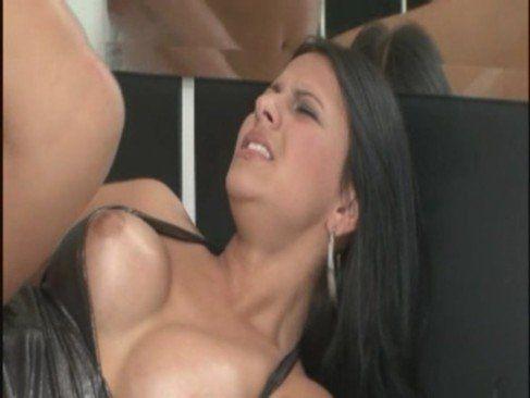Caroline Miranda dando o cu
