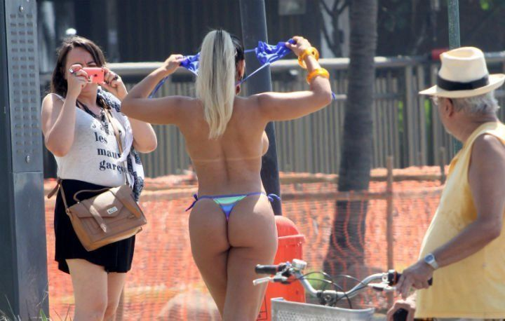 protesto-topless-5-dacfd62219